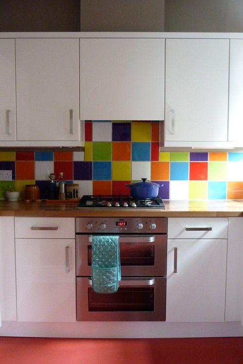 reforma de cocina de colores en reus